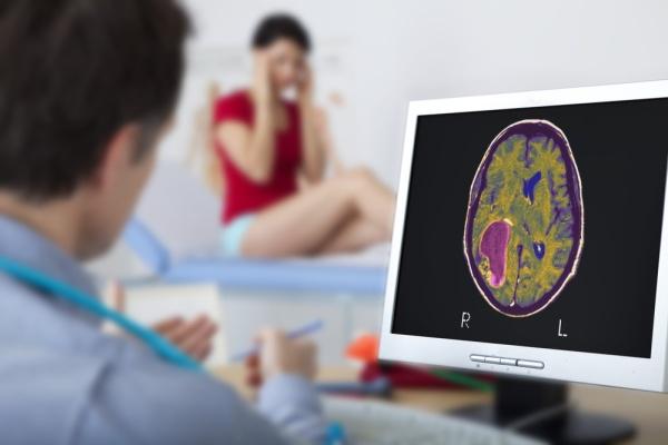 สุขภาพที่มีความผิดปกติทางสมองที่น่ากลัวโรคหนึ่ง คือ โรคเนื้องอกในสมอง