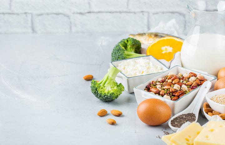 โรคกระดูกพรุน กินอาหารเหล่านี้กันไว้ก่อน ช่วยลดความเสี่ยงได้