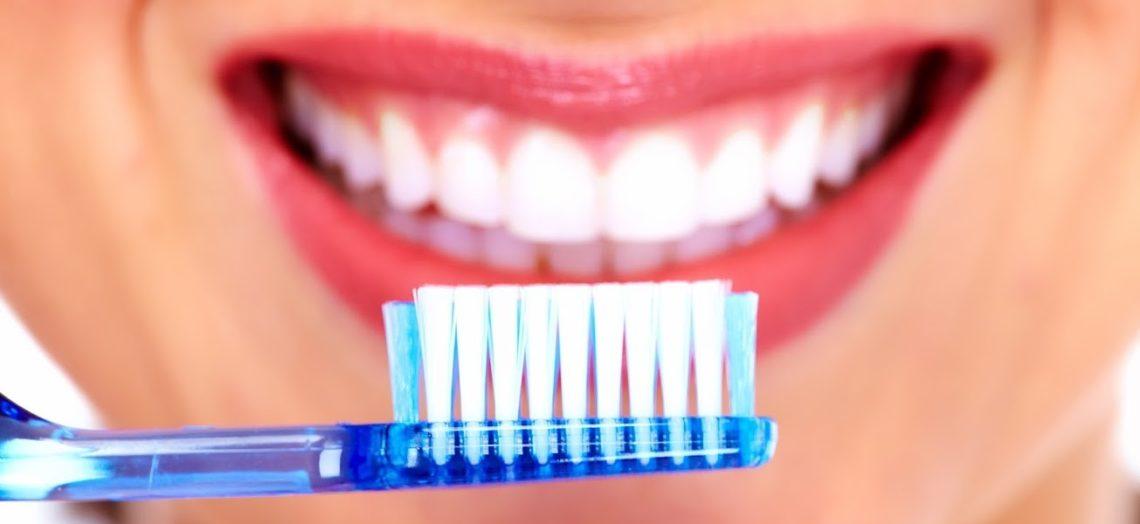 การดูแลสุขภาพฟัน ให้แข็งแรงสวยงาม เอาไปใช้จะได้ไม่ต้องมีปัญหาฟันให้กวนใจ