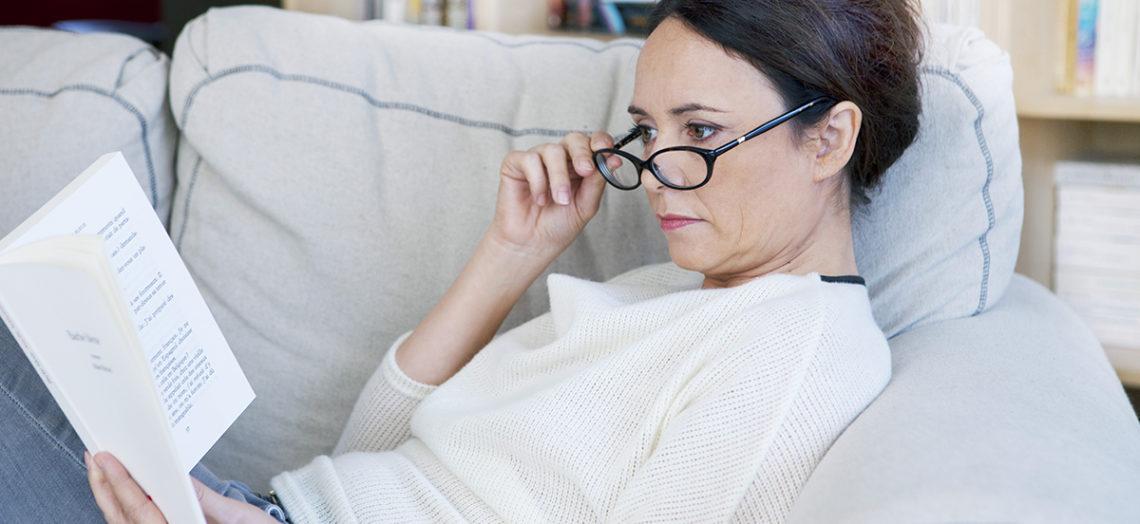 สายตาแก่ ตาล้า มีวิธีแก้ปัญหา รักษา และบรรเทา อย่างไรให้ดีขึ้น
