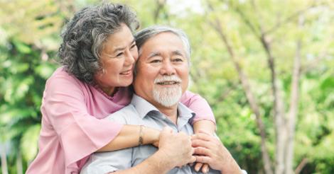 ผู้สูงอายุ หรือผู้ที่กำลังจะเข้าสู่วัยของผู้สูงอายุแล้วก็สามารถที่จะเข้ามาศึกษาและวางแผนการดำเนินชีวิตได้