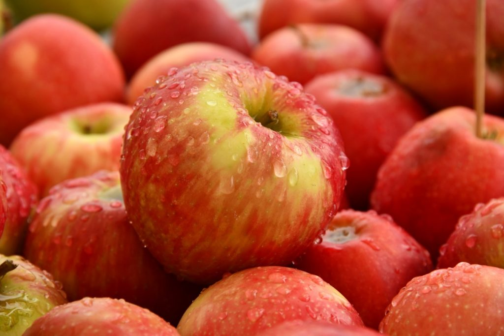 ทานแอปเปิ้ลแบบไม่ปลอกเปลือก